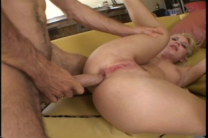 Gratis blonde anal sex films