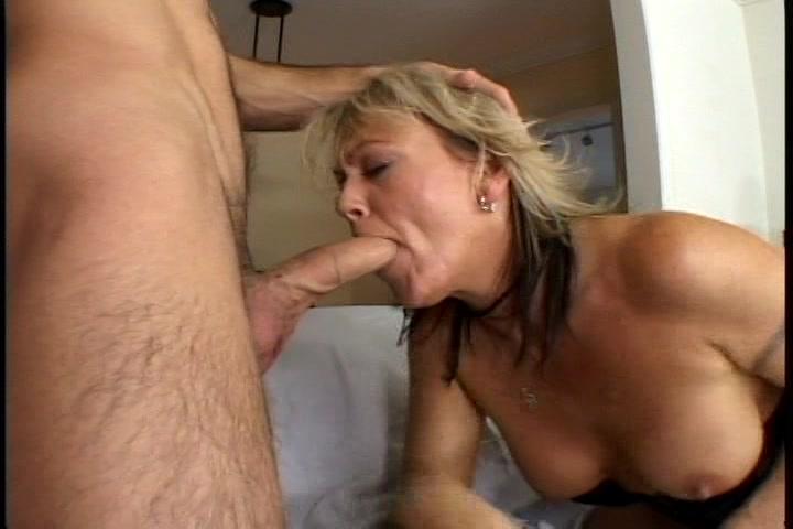MILF sex met jonge man