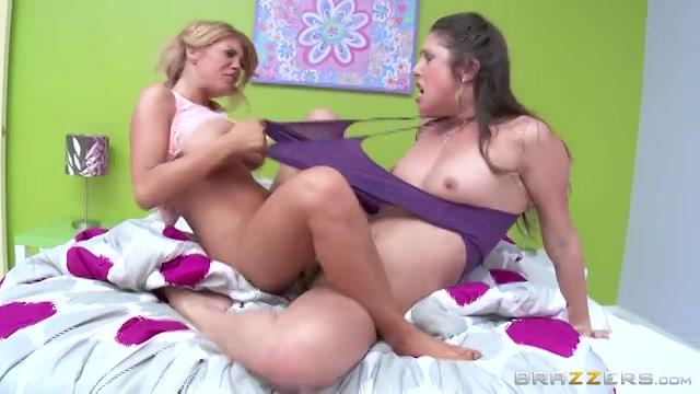 sexy lesbische schaar Ebony amateurs